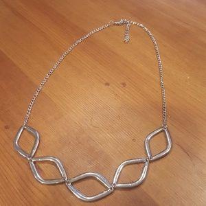 Jewelry - Minimalist Silver Necklace